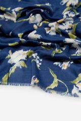 Cortefiel Lenço de seda estrutura espiga estampado de flores Azul