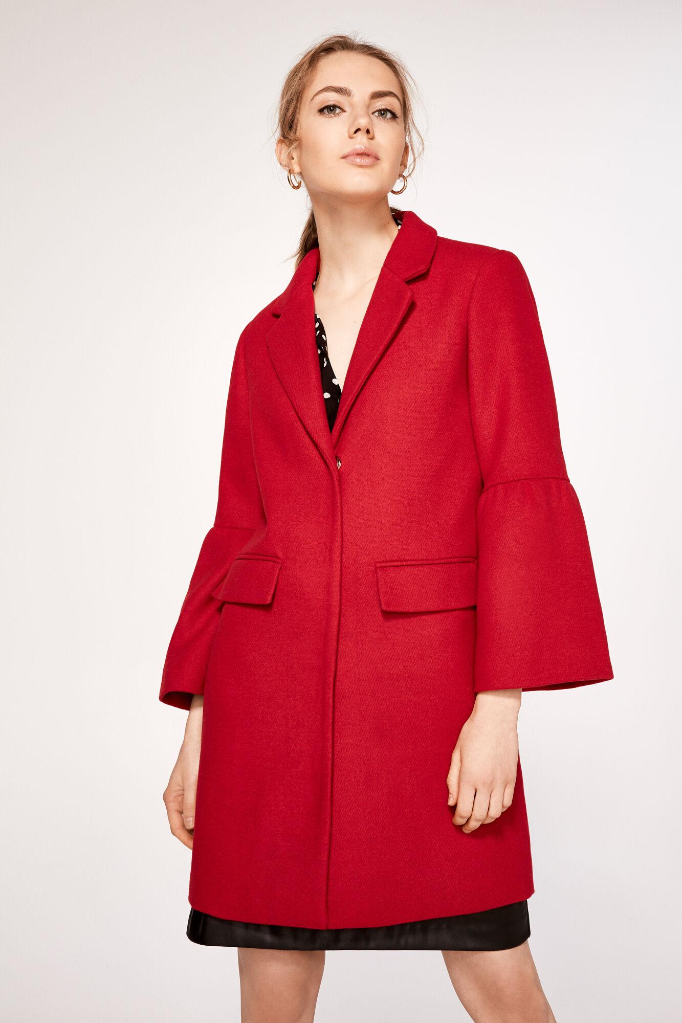 Abrigo rojo cortefiel
