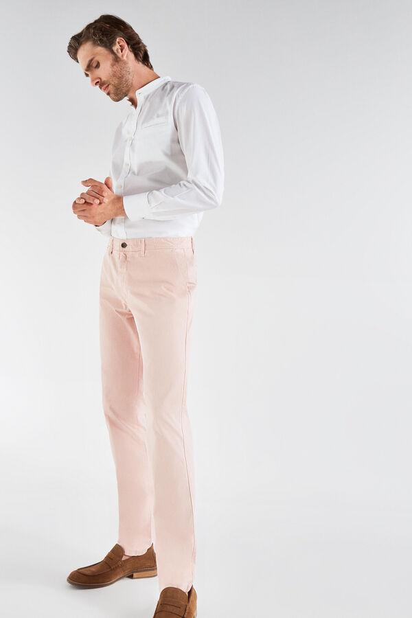 a10169b9fc Cortefiel Pantalón chino slim fit Rosa