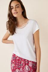 Womensecret Camiseta manga corta detalle encaje beige
