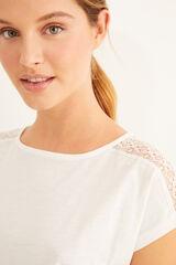 Womensecret Camiseta blanca manga corta detalle encaje beige