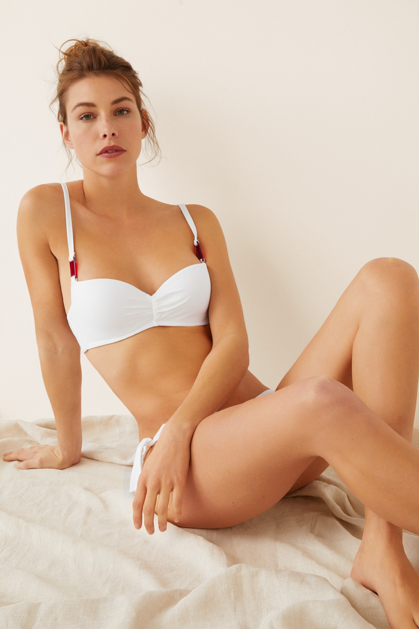Top bikini liso textura